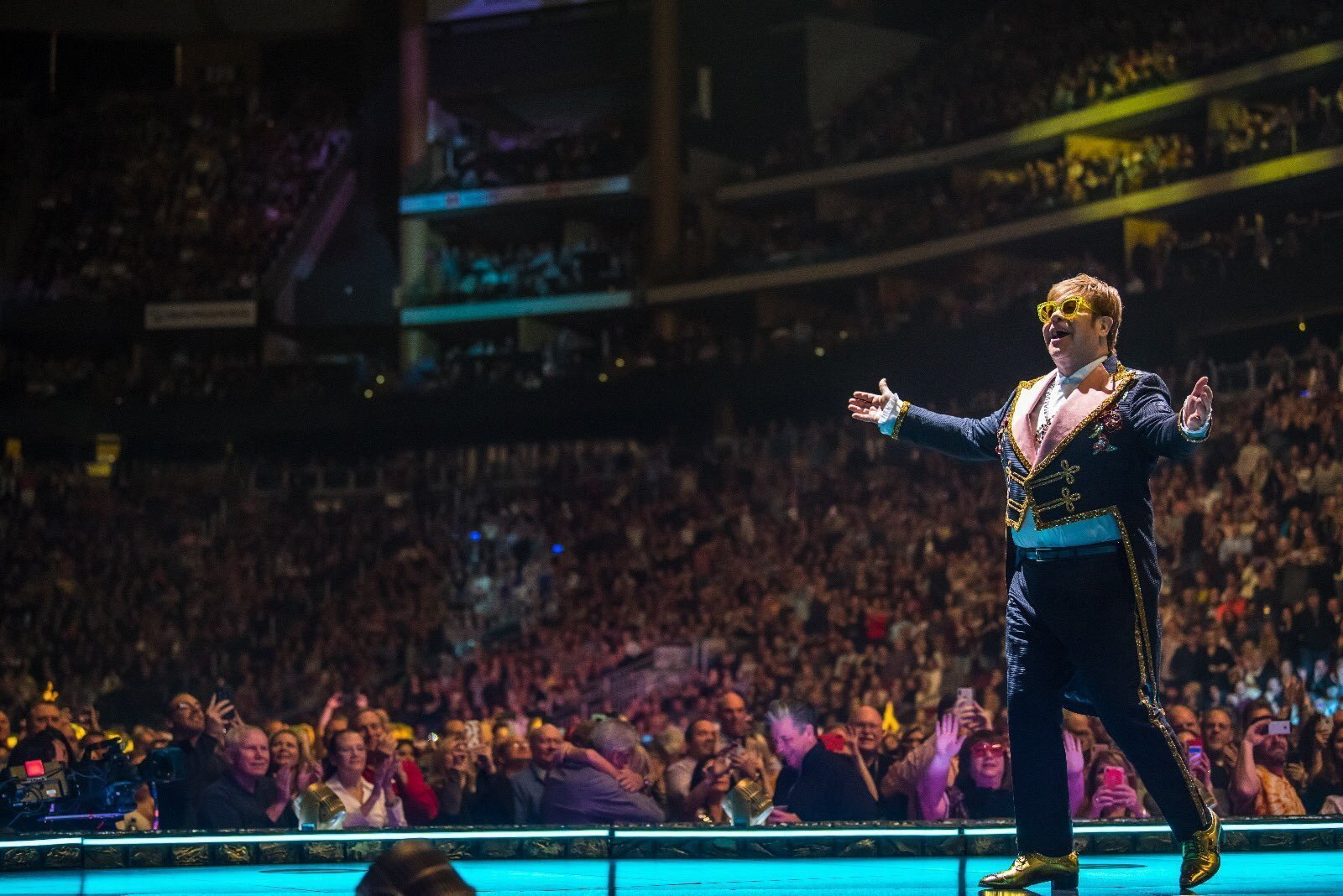 Elton John performs at Gila River Arena in Glendale, AZ on January 26, 2019. Photo courtesy of the artist.