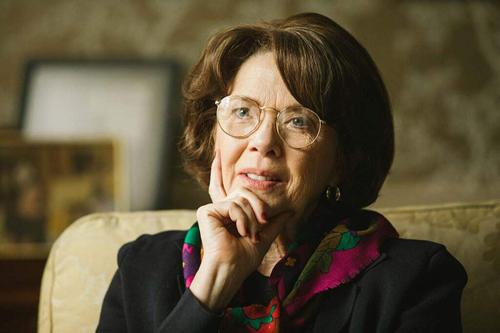 Annette Bening in The Report